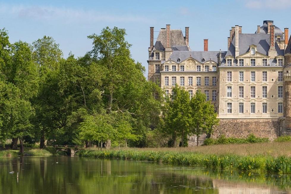 Vue du Château de Brissac à Brissac Quincé